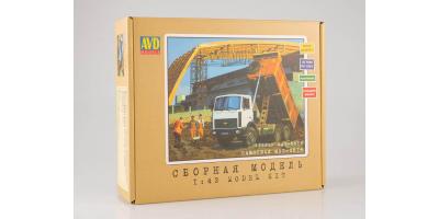Сборная модель МАЗ-5516 самосвал