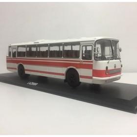 ЛАЗ-699Р (бело-красный) Производитель: Classicbus